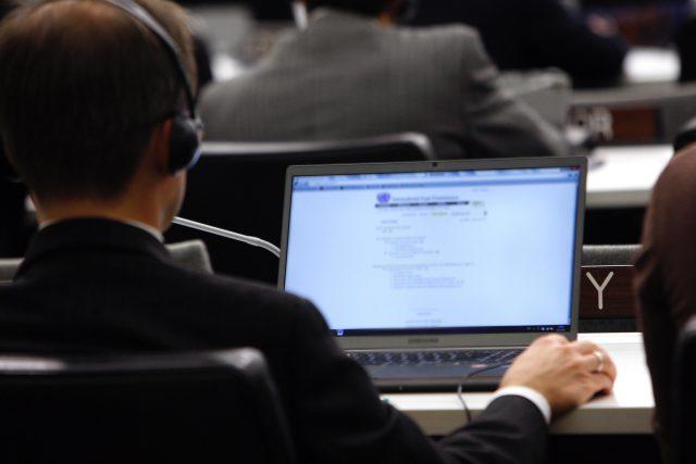 Appel ou texte de datation en ligne